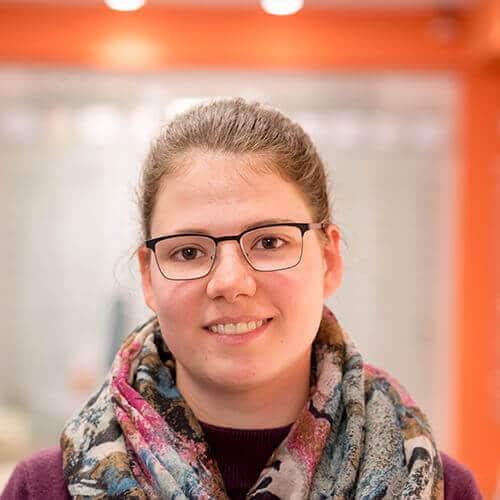 Augenoptikerin Kira Silberhorn, Brillen Krug Oppenheim